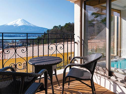 富士山&河口湖を眺められるビューバス付ツインのお部屋でゆったり♪【女性にうれしいおもてなし付】 癒し旅 ツインプラン
