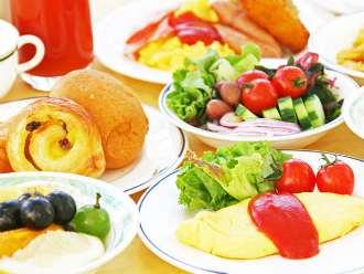 お料理(朝食バイキング)の一例