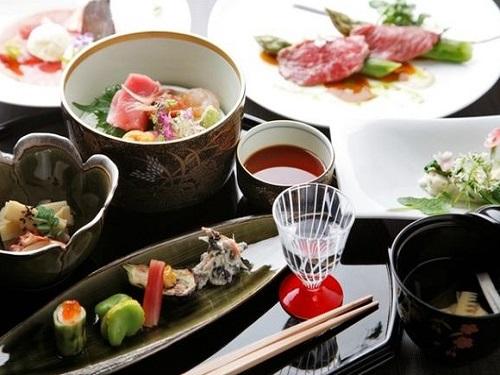 登別温泉郷滝乃家 お料理(夕食 懐石料理)の一例