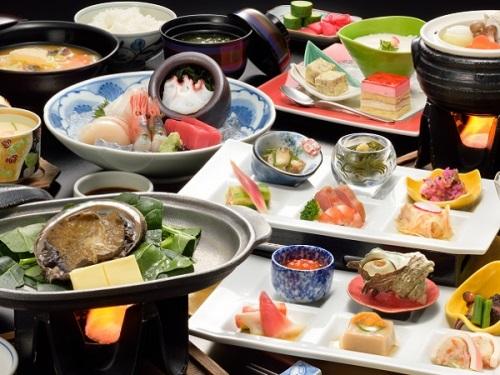 ちょっと贅沢♪ 青森県 鯵ヶ沢温泉に泊まろう!白神あわびの活陶板焼付プラン ツイン