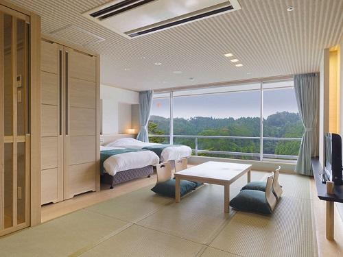 お部屋(イーストウィング 山側和洋室)の一例