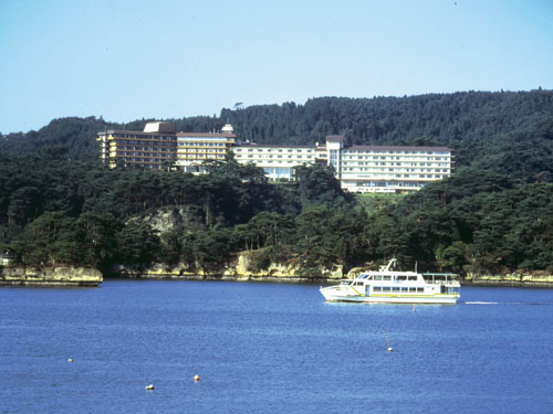 【往復飛行機利用】松島海岸ぶらり旅 ホテル松島大観荘 2日間