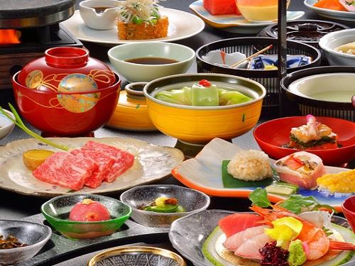福島牛と旬の素材を使ったこだわりの料理、自家源泉の湯を愉しむひととき♪ 福島県に泊まろう! 飯坂温泉がオススメ♪ 和室【夕朝食付】