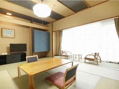 お部屋(出で湯館10畳和室)の一例