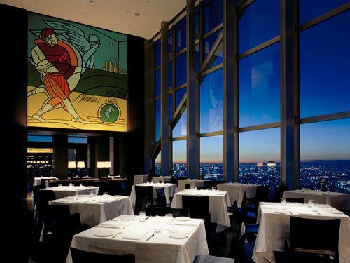 バーやレストラン、ショップで使える3,000円分の館内利用券付!憧れのラグジュアリーホテルステイ♪ 東京のホテルに泊まろう! ホテル館内利用券3,000円付! パークルームダブル