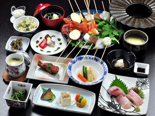 大島温泉ホテル 夕食の一例