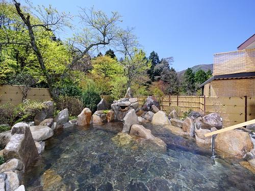 大浴場「乙女湯」露天風呂