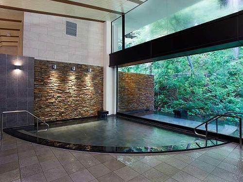 「つつじの湯」大浴場