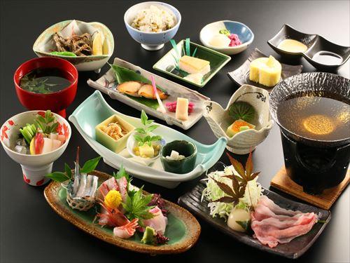 基本夕食「氷見会席」(10/1〜11/30、3/1〜31)のイメージ