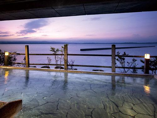 加賀屋の露天風呂