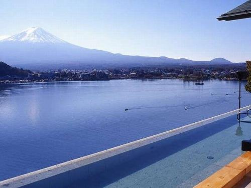 四季折々の富士山と河口湖が一望!眺望絶景・新感覚のリゾートホテルでの極上の休日を! 山梨県 河口湖に泊まろう!スタンダードプラン 和洋室