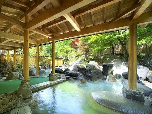 """""""庭園風""""露天風呂を存分に♪"""