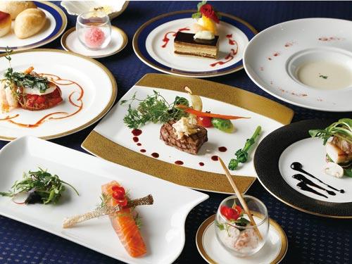 彩り豊かな地元の旬の食材をふんだんに取り入れ、目で楽しみ、旬を味わう贅沢なフレンチコース♪ いい旅♪三重 フレンチコース「ローザ」 和室・ツイン
