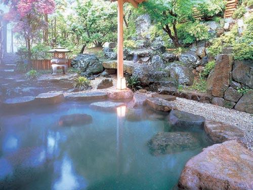 露天風呂「初蕾の湯」のイメージ