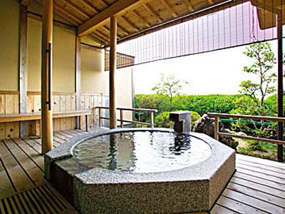 客室露天風呂(六角形 中丸)