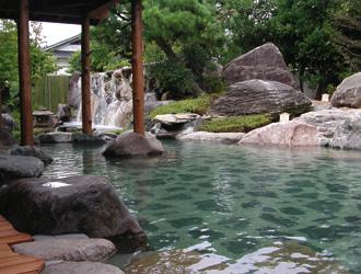 三朝館 (割増旅館) 露天風呂のイメージ