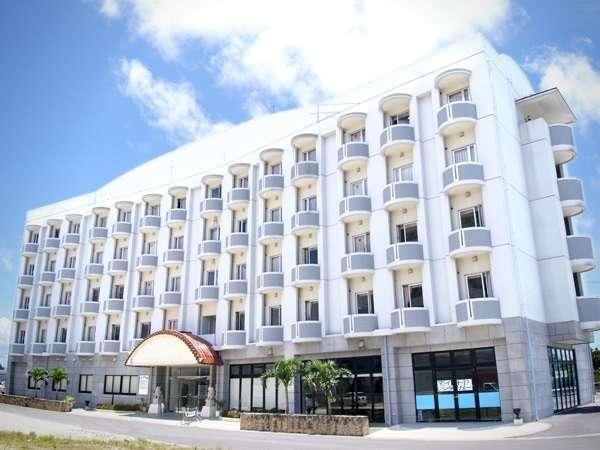 基本(割増なしで選べる)ホテル 石垣島「アパホテル<石垣島>」 外観