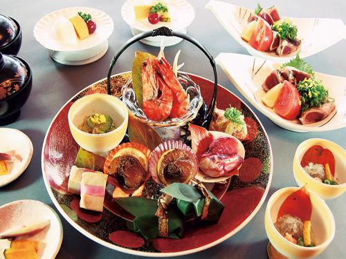 お料理(夕食・皿鉢料理)のイメージ