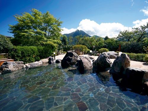1泊目基本(割増なし)ホテル ゆふいん山水館 露天風呂(男女入替制)のイメージ