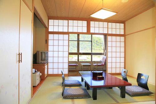 割増代金なしホテル 「田代別館」 和室の一例