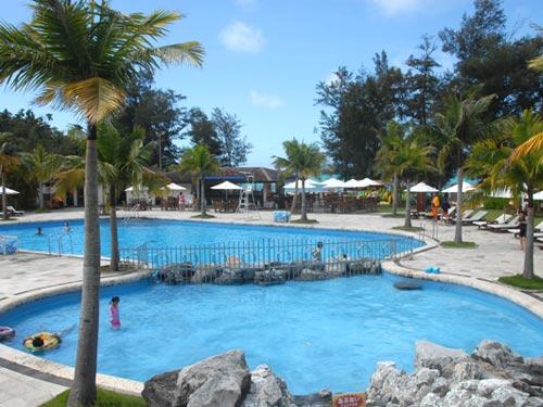 ホテル ビーチサイドプール(夏季営業)のイメージ