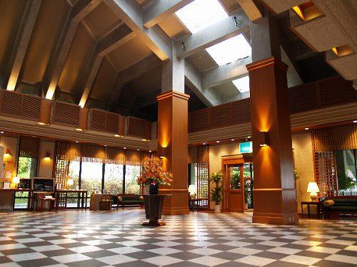 2泊目〜のホテル フロント イメージ