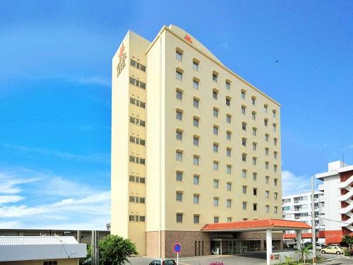 基本(割増なしで選べる)ホテル 石垣島「ベッセルホテル石垣島」 外観