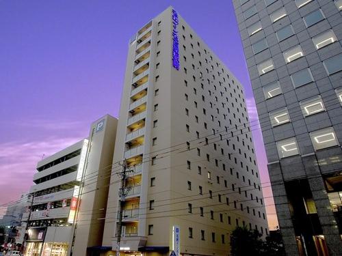 ◎JR名古屋駅「桜通出口」からルーセントタワーを目印に地上ルート徒歩約8分<朝食付> この日がおすすめ♪ お日にち限定だからお得!シングル