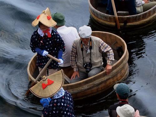 たらい舟 イメージ
