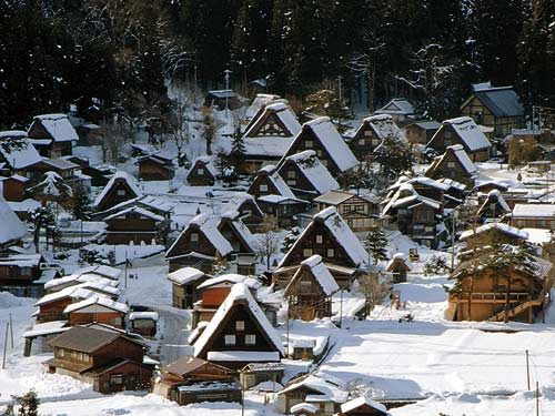 憧れの名旅館に宿泊!日本を代表する名旅館「加賀屋」と日本三名泉・下呂温泉を代表する老舗旅館「水明館」に泊まる