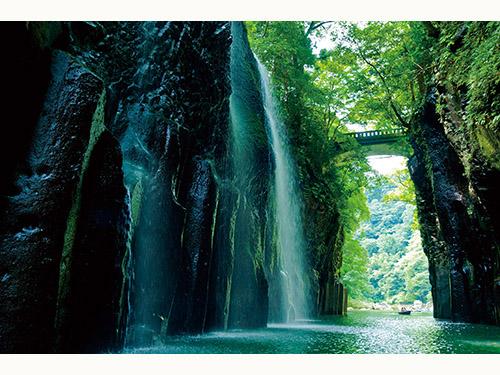 高千穂峡 真名井の滝(8月頃)