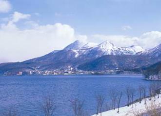 洞爺湖と有珠岳のイメージ