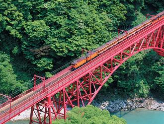 黒部峡谷鉄道(7月頃)
