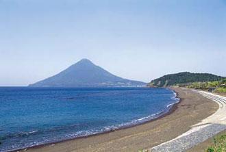 開聞岳を望む・長崎鼻 ※画像はイメージです。食事・観光は別料金です。