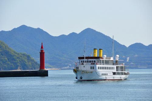 「銀河クルーズ」に乗って瀬戸内海を満喫 宮島散策と道後温泉 2日間