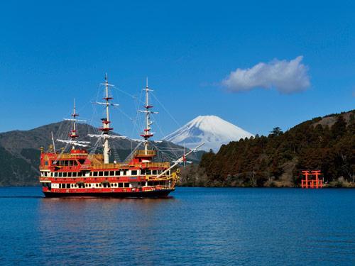 箱根海賊船(イメージ)