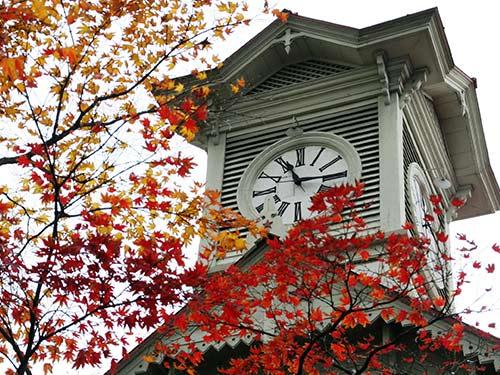 札幌 イメージ 札幌市時計台(11月撮影) ※観覧料おとな200円・高校生以下無料