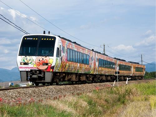 土讃線アンパンマン列車