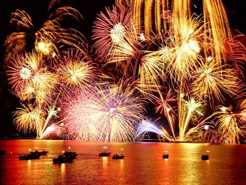 松江水郷祭湖上花火大会(通常有料観覧席からのイメージ)