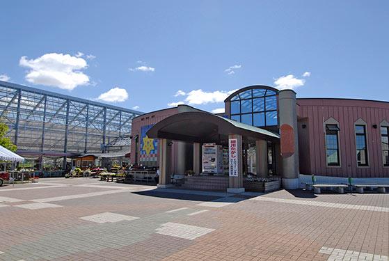 道の駅まっかりフラワーセンターの一例 (写真提供:真狩村観光協会)