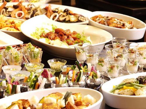 夕食はバイキング♪自分流に楽しむ、旅館ライフ☆女子旅やカップル・ご夫婦におすすめの宿♪ 石川県 スタンダードプラン