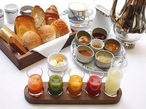 ベルナール・ロワゾー氏の「世界一の朝食」の提供を公式に許された唯一のホテル 兵庫県への旅! スタンダードツイン
