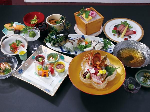 春夏パーソナル広島 料理長おすすめ会席プラン 和室10畳