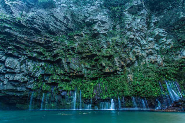 絶景雄川の滝と指宿・知覧をめぐる 3日間