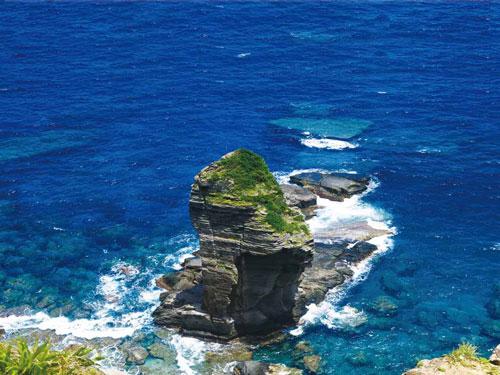 与那国島(立神岩)