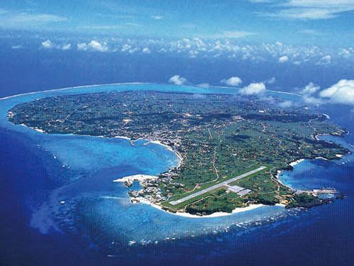 南の楽園へ ヨロン島(那覇乗継)・後泊沖縄 4日間