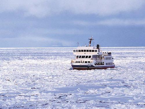 網走流氷観光砕氷船「おーろら号」乗船