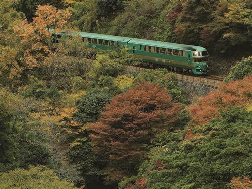 ゆふいんの森号に乗る 博多・由布院温泉の旅 3日間